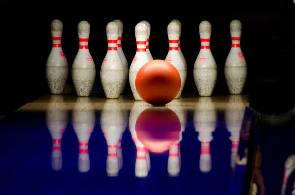 Campagna di comunicazione per professionisti-bowling